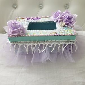 Chaby Chic tissue paper cover, Lilac/turquoise